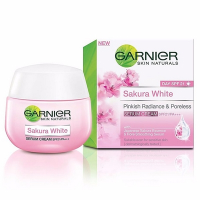 Kem Dưỡng Trắng Da Garnier Sakura White SPF21 Thái Lan