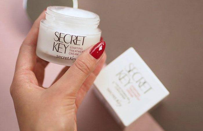 kem-duong-trang-da-secret-key-snow-white-moisture-cream-50g-3532