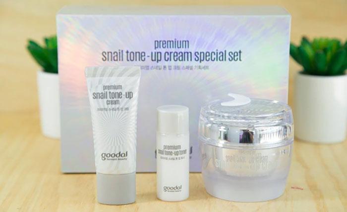set-kem-duong-oc-sen-goodal-premium-snail-tone-up-cream-5219
